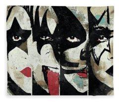 Kiss Art Print Fleece Blanket