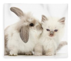 Kiss Her Fluffy Cheek Fleece Blanket