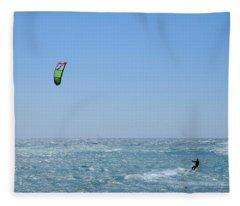 Kitesurfing Marseille Fleece Blanket