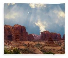 Land Of The Giants Fleece Blanket