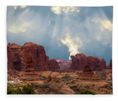 Land Of The Giants Fleece Blanket