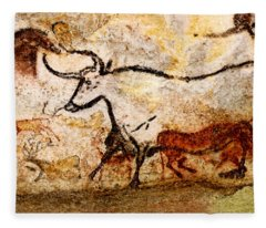 Lascaux Hall Of The Bulls - Aurochs Fleece Blanket