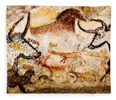 Lascaux Hall Of The Bulls - Deer Between Aurochs Fleece Blanket