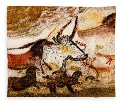 Lascaux Hall Of The Bulls Fleece Blanket