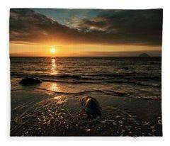 Lendalfoot Sunset Fleece Blanket