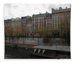 Les Jardins Du Pont Neuf Fleece Blanket
