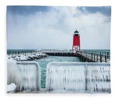 Lighthouse And Ice Fleece Blanket