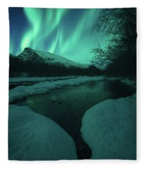 Lights Above Kjellerkampen Fleece Blanket