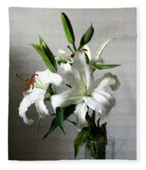 Lily Flower Fleece Blanket