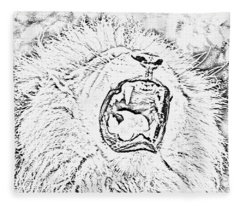 Lion Roar Drawing Fleece Blanket