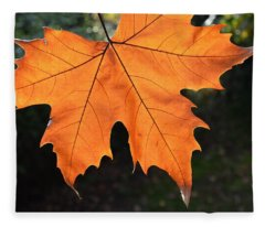 Fleece Blanket featuring the photograph Liquid Amber Leaf by Jocelyn Friis