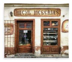 Little Craftsman' Shop - Micul Meserias Fleece Blanket