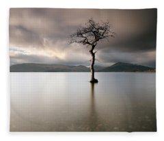 Loch Lomond Lone Tree Fleece Blanket