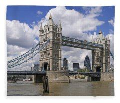 London Towerbridge Fleece Blanket