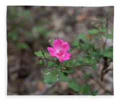 Lonely Pink Flower Fleece Blanket