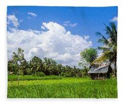 Lonely Rice Hut Fleece Blanket