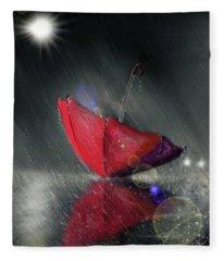 Lonely Umbrella Fleece Blanket