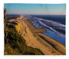 Long Strech Of Oregon Beach Fleece Blanket