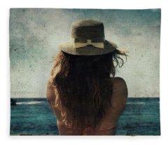 Looking At The Horizon Fleece Blanket