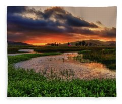 Los Osos Valley Fleece Blanket