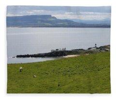 Lough Foyle 4210 Fleece Blanket