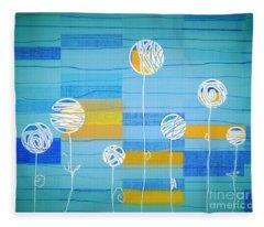 Lubi - S02-31b Fleece Blanket