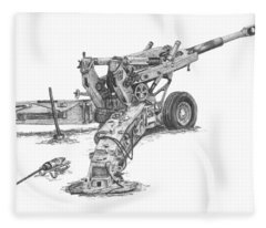 M198 Howitzer - Natural Sized Prints Fleece Blanket