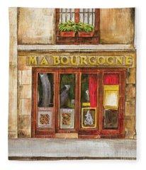 Ma Bourgogne Fleece Blanket