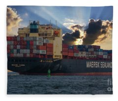 Maersk Sealand Leaving Charleston South Carolina Fleece Blanket