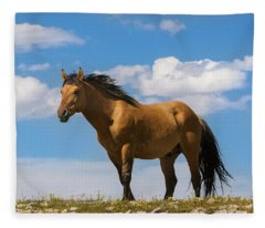 Magnificent Wild Horse Fleece Blanket