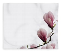 Magnolia Flower Fleece Blanket