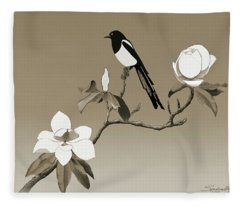 Magpie And White Magnolia Fleece Blanket