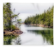 Maine Cove  Fleece Blanket