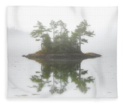 Maine Morning Fleece Blanket