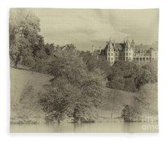Majestic Biltmore Estate Fleece Blanket