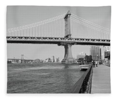 Manhattan Bridge From Brooklyn Bridge Park Fleece Blanket