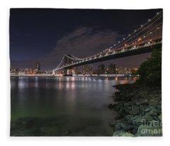 Manhattan Bridge Twinkles At Dusk Fleece Blanket