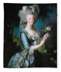 Marie-antoinette With The Rose Fleece Blanket