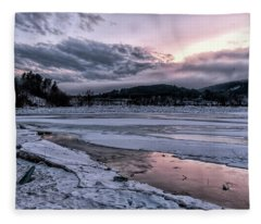 Marina Winter View Fleece Blanket