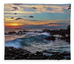 Maui Sunset At Secret Beach Fleece Blanket