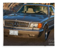 Mercedes 560sec W126 Fleece Blanket