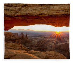 Mesa Arch Sunrise - Canyonlands National Park - Moab Utah Fleece Blanket