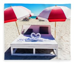 Miami Beach 4336 Fleece Blanket