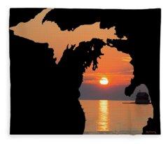 Michigan Silhouette Fleece Blanket