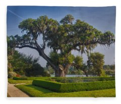 Middleton Oak Fleece Blanket
