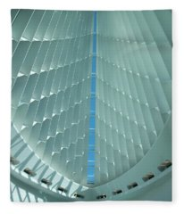 Milwaukee Art Museum Interior Fleece Blanket