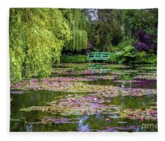 Monet's Waterlily Pond, Giverny, France Fleece Blanket