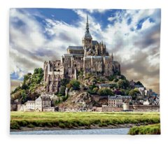 Mont Saint-michel Fleece Blanket