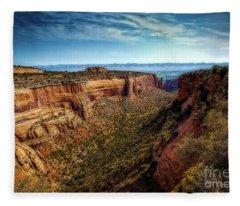 Monument Canyon And Saddlehorn Fleece Blanket
