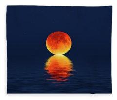 Moon Kissing The Sea Fleece Blanket